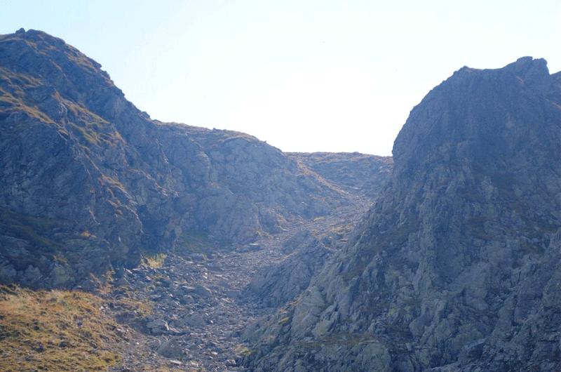 Hornul Lacurilor pe coborarea catre Lacul Calcescu