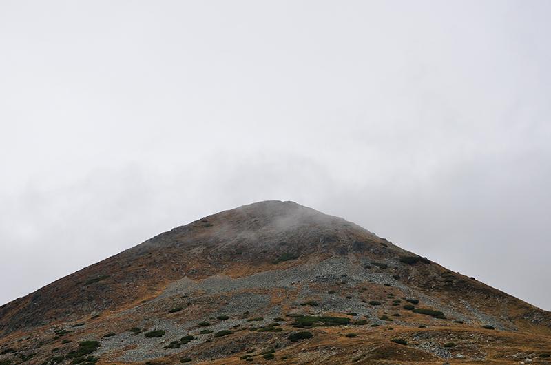 Varful Papusa , de la marginea Transalpina